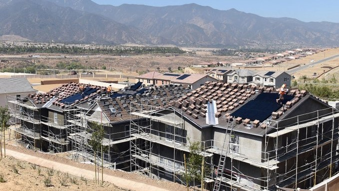california new homes with solar